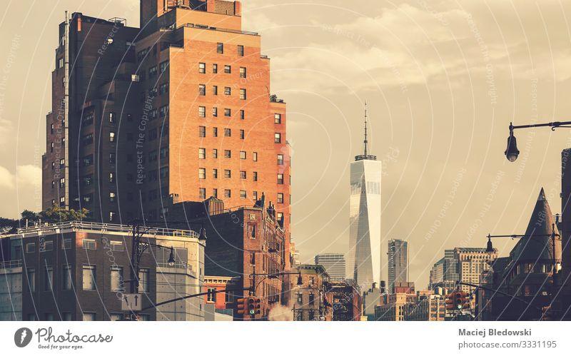 New Yorker Stadtbild bei Sonnenuntergang, USA. kaufen Reichtum Sightseeing Städtereise Häusliches Leben Wohnung Himmel Stadtzentrum Skyline Hochhaus Gebäude