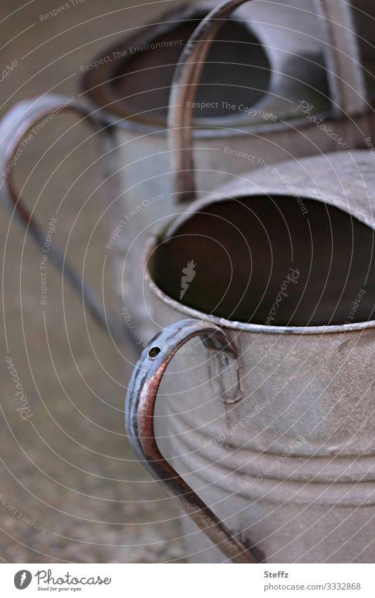 alles im/mit Griff Garten Gießkanne Zink-Gießkanne Zinkgießkanne Kannen Behälter u. Gefäße Werkzeug Metall alt authentisch einfach natürlich grau