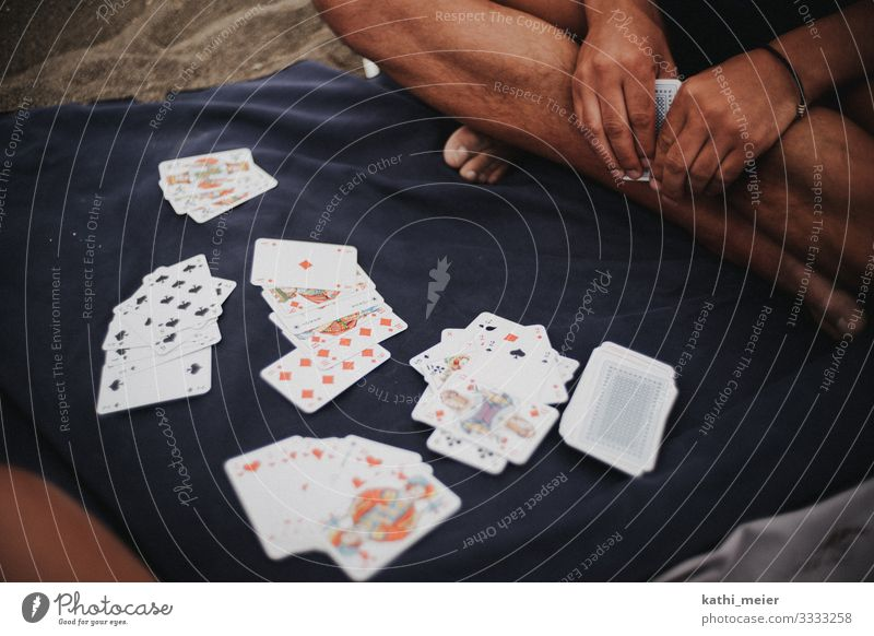 Rommé Hand Fuß Spielen Spielkarte Kartenspiel Strand Strandleben Freizeit & Hobby Ferien & Urlaub & Reisen blau Erfolg Langeweile Freude Gesellschaftsspiele Ass