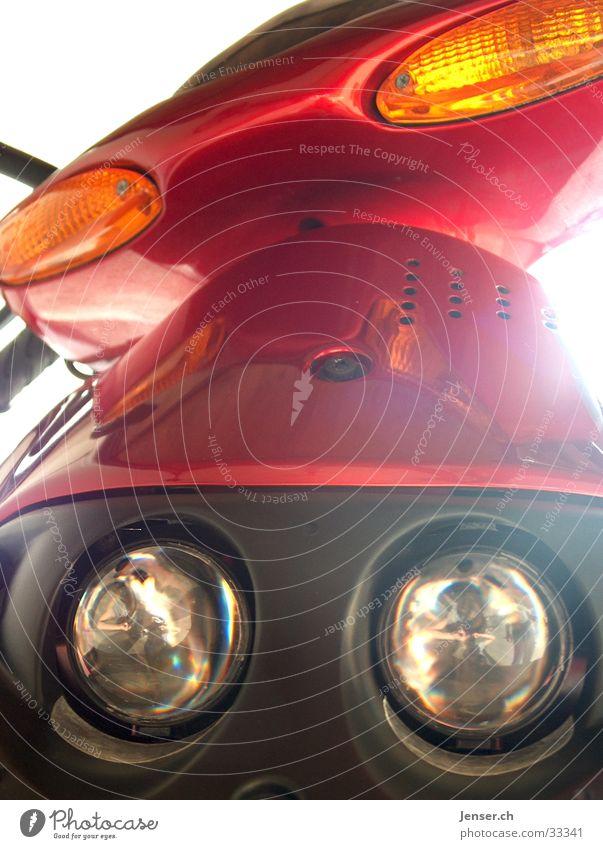 RED ROLLER Fahrzeug rot Verkehrsmittel Elektrisches Gerät Technik & Technologie Kleinmotorrad Scheinwerfer Freude