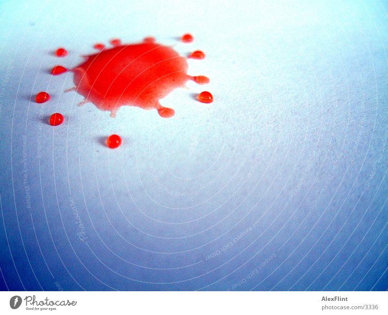 tomatensafttröpfchen2 rot Makroaufnahme Nahaufnahme Wassertropfen