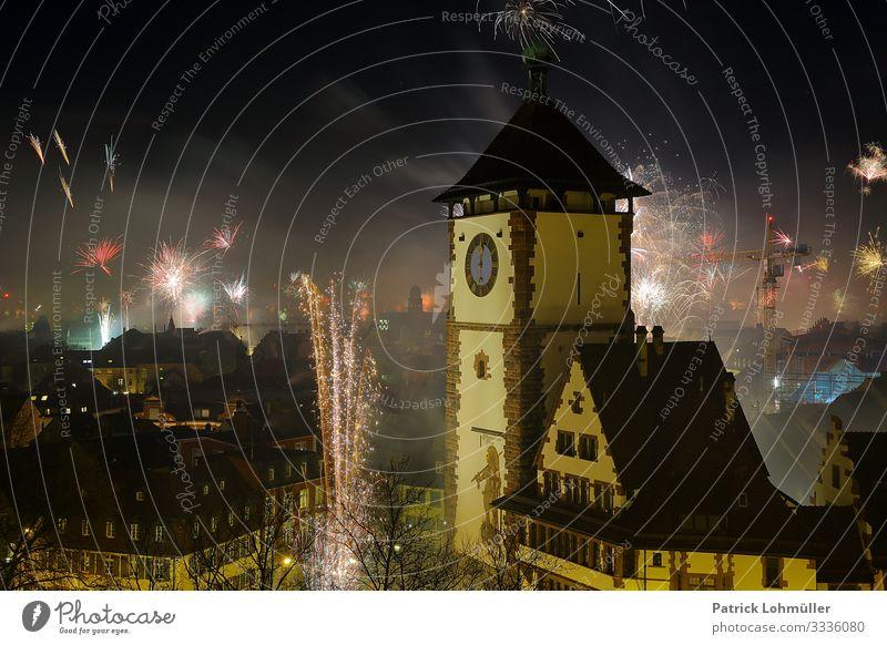 Jahreswechsel Ferien & Urlaub & Reisen Sightseeing Städtereise Silvester u. Neujahr Umwelt Nachthimmel Klima Klimawandel Freiburg im Breisgau Deutschland Europa