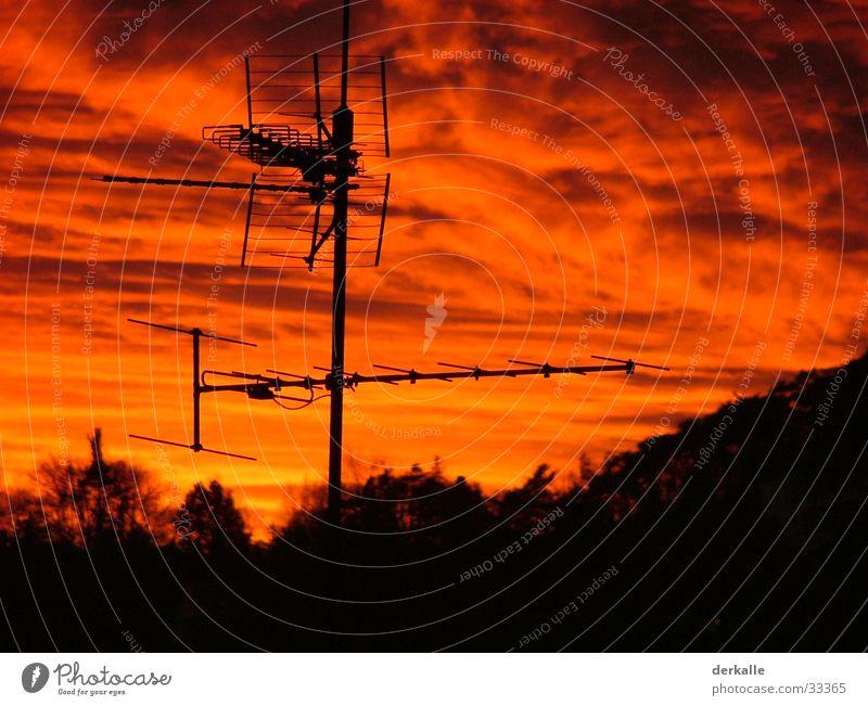 roter himmel, abendrot Himmel rot Wald Romantik Rauch Antenne