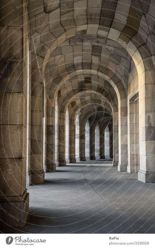 Historische NS-Architektur. Lifestyle Stil Design Ferien & Urlaub & Reisen Tourismus Sightseeing Städtereise Arbeit & Erwerbstätigkeit Beruf Arbeitsplatz