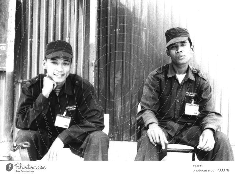 Arbeiter in Kambotscha Mann warten Zeit Asien Asiate