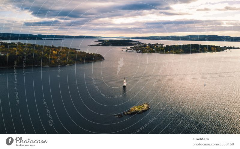 Oslo Harbour Ferien & Urlaub & Reisen Tourismus Sightseeing Expedition Insel Umwelt Natur Landschaft Wasser Himmel Wolken Sonnenlicht Baum Wiese Wald Wellen