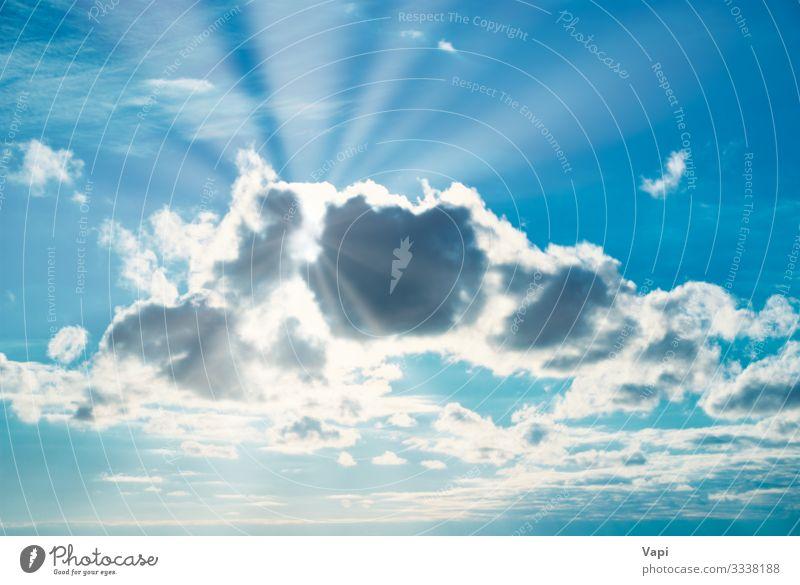 Wunderschöner blauer Himmel Freiheit Sommer Sonne Umwelt Natur Landschaft Luft Wolken Sonnenaufgang Sonnenuntergang Sonnenlicht Frühling Herbst Winter