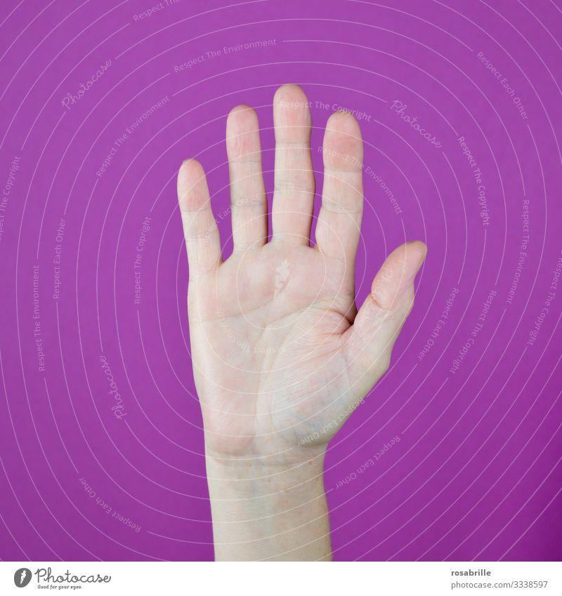 Stopp, Abstand halten, wir wollen gesund bleiben | Gesundheit Handzeichen anhalten fünf pink Geste weg bleiben bremsen melden Hand heben rosa Handfläche offen