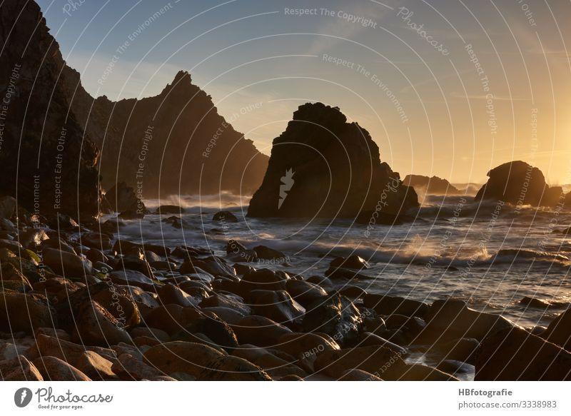 Brandung Umwelt Natur Landschaft Sand Wasser Wellen Küste Seeufer Strand Bucht Meer Insel atmen Gefühle Freude Glück Kraft Freiheit Portugal Fotografie