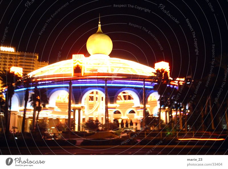las vegas circus Lampe Architektur Kitsch Palme Zirkus Prinzessin Las Vegas
