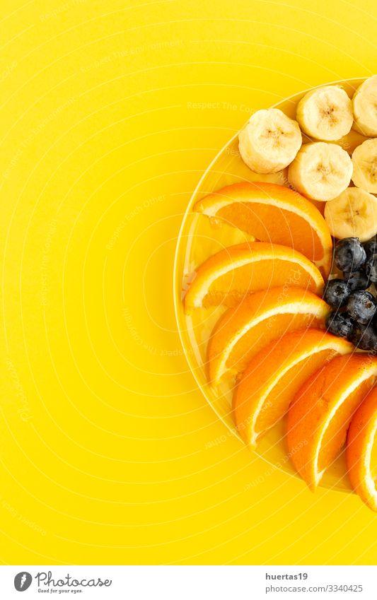 Sortiment von frischem Obst von oben gesehen Gemüse Orange Ernährung Vegetarische Ernährung Diät Schalen & Schüsseln Gesunde Ernährung nachhaltig Lebensmittel