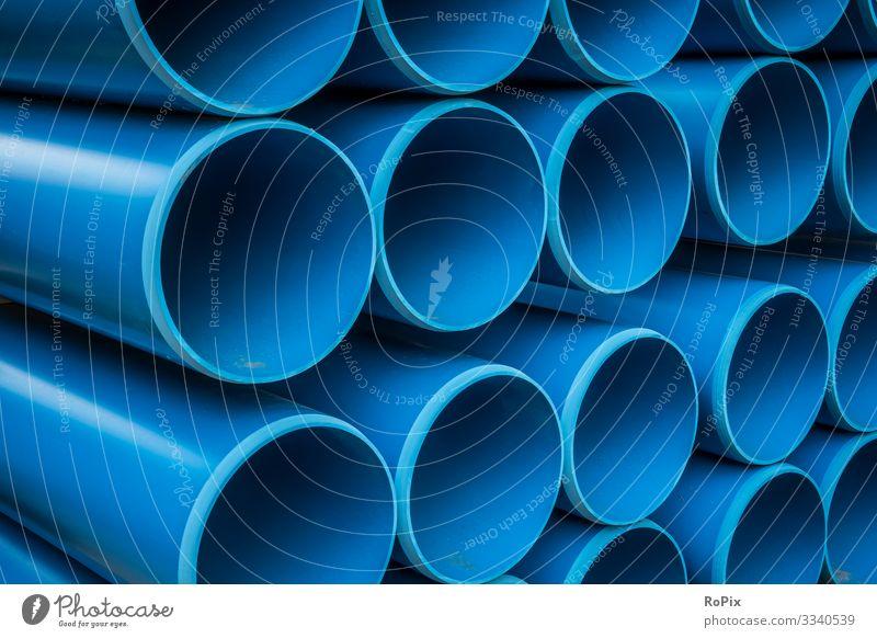 Wasserversorgungsleitungen auf einer Baustelle. Bildung Wissenschaften Arbeit & Erwerbstätigkeit Beruf Arbeitsplatz Fabrik Wirtschaft Landwirtschaft