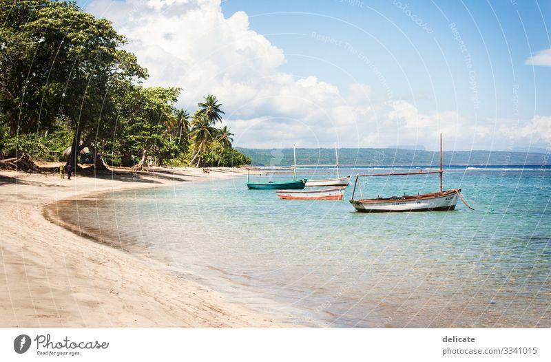 Fischerboote Ferien & Urlaub & Reisen Tourismus Ausflug Abenteuer Ferne Freiheit Sommer Sommerurlaub Sonne Strand Meer Insel Wellen Umwelt Natur Landschaft