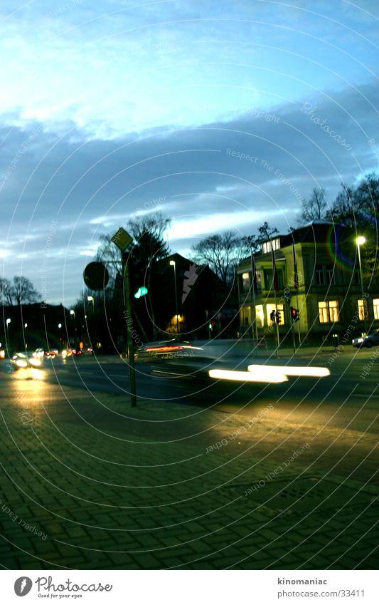 nightmotion Himmel Stadt Haus PKW Verkehr