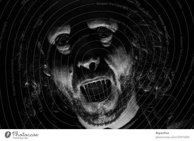 neulich bei Vollmond Mensch maskulin Mann Erwachsene Kopf Blick Aggression außergewöhnlich bedrohlich dunkel gruselig Angst Entsetzen Todesangst gefährlich