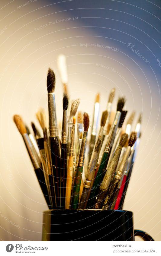 Pinsel Aquarell Atelier Farbe Grafik u. Illustration Grafiker Handwerk Innenaufnahme Kunst Künstler Maler Gemälde masse Menschenmenge Schreibtisch Werkstatt