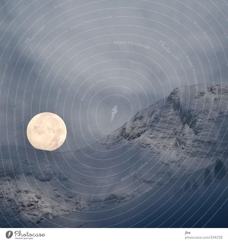 Der Mond ruhig Winter Schnee Berge u. Gebirge Natur Landschaft Urelemente Vollmond Herbst Nebel Felsen Alpen Saanenland leuchten Reflexion & Spiegelung dunkel