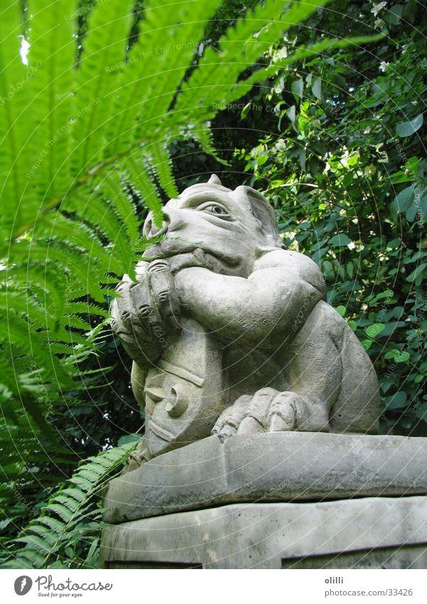 Torwächter_1 Garten Statue obskur Wachsamkeit Skulptur Fantasygeschichte Porträt