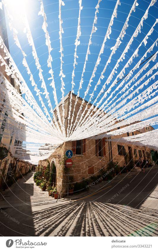Mallorca Ferien & Urlaub & Reisen Tourismus Ausflug Abenteuer Ferne Freiheit Sightseeing Städtereise Sommer Sommerurlaub Sonne Strand Meer Insel Dorf Kleinstadt