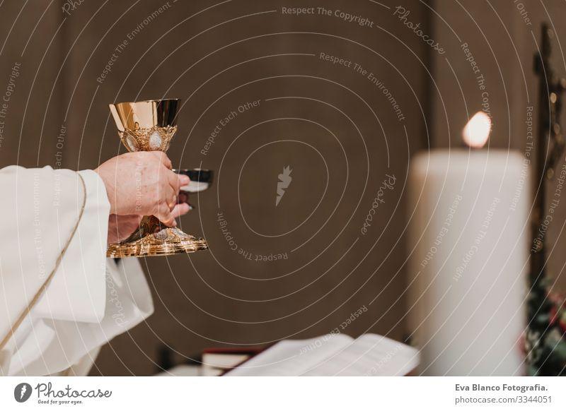 v Jesus Ritual Protestant modern göttlich Tasse Eucharistie Kelch Christentum Ritus geistig beten Hochzeit Kelchglas Heilige Liturgie Gebet Religion & Glaube