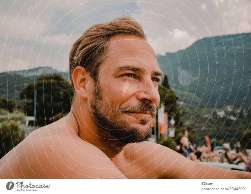 Urlauber Lifestyle elegant Stil Ferien & Urlaub & Reisen Tourismus Freiheit Sommerurlaub Junger Mann Jugendliche 30-45 Jahre Erwachsene Natur Landschaft Himmel