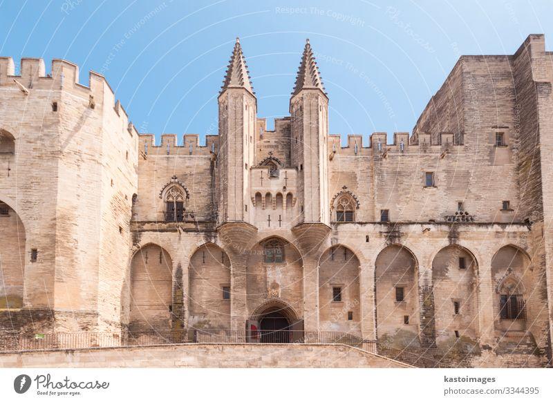 Stadt Avignon, Provence, Frankreich, Europa Ferien & Urlaub & Reisen Tourismus Landschaft Himmel Wolken Kirche Palast Burg oder Schloss Architektur Denkmal