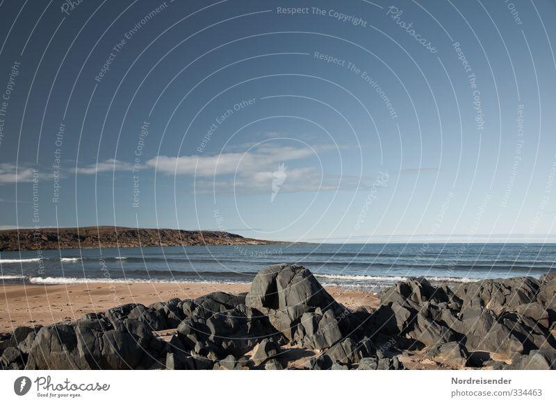 Leichte Dünung Himmel Ferien & Urlaub & Reisen blau Wasser Sommer Meer Erholung Einsamkeit Landschaft ruhig Strand Ferne Küste Freiheit Stein Sand