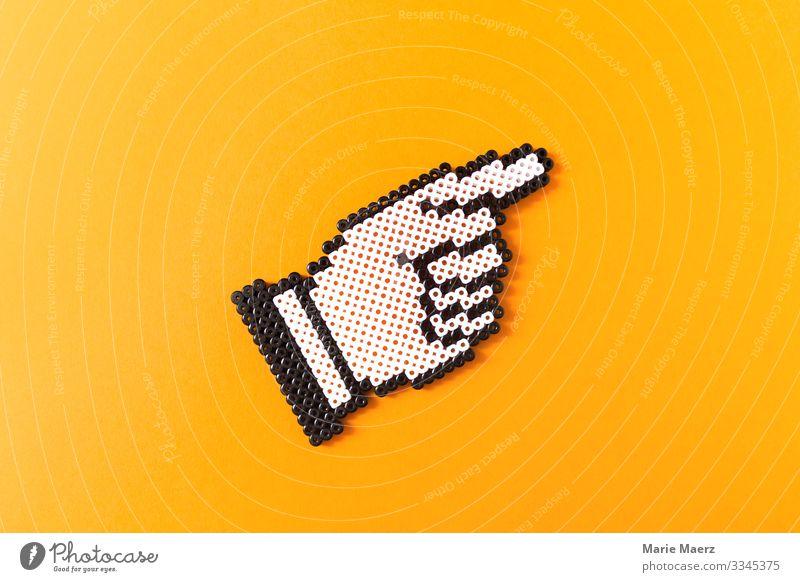 Da geht's lang Wirtschaft Karriere Erfolg Hand Finger Zeichen Pfeil Beratung gut positiv gelb Kraft Willensstärke Mut Tatkraft Fortschritt Wege & Pfade Ziel