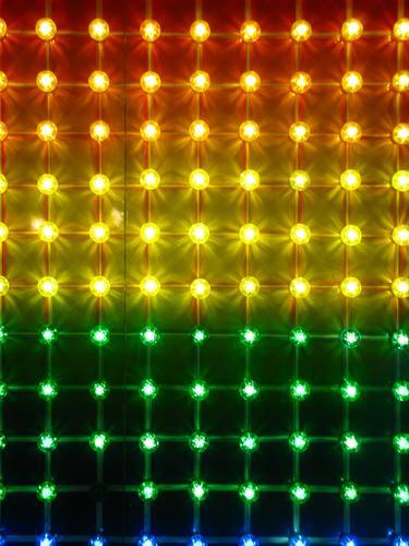 bunte Lampen Party Club Disco Discokugel Kitsch Krimskrams Graffiti Kugel leuchten glänzend retro mehrfarbig Glühbirne Licht Beleuchtung Jahrmarkt Nahaufnahme