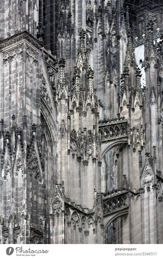 Mer losse d'r Dom en Kölle Ferien & Urlaub & Reisen Tourismus Ausflug Sightseeing Städtereise Arbeitsplatz Kirche Architektur Köln Stadtzentrum Bauwerk Gebäude