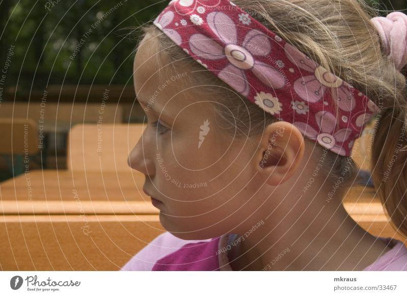 Nachsehen Kind Wachsamkeit Bilck Schatten Gesicht Blick