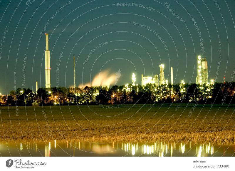 Raffininerie Langzeitbelichtung Fabrik Nacht obskur Raffinerie Industrie Industire Fabrik bei Nacht