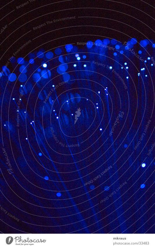perspective blau mystisch Makroaufnahme Nahaufnahme blaue punkte undifferenziert blaue lichtpunkte obscur Detailaufnahme