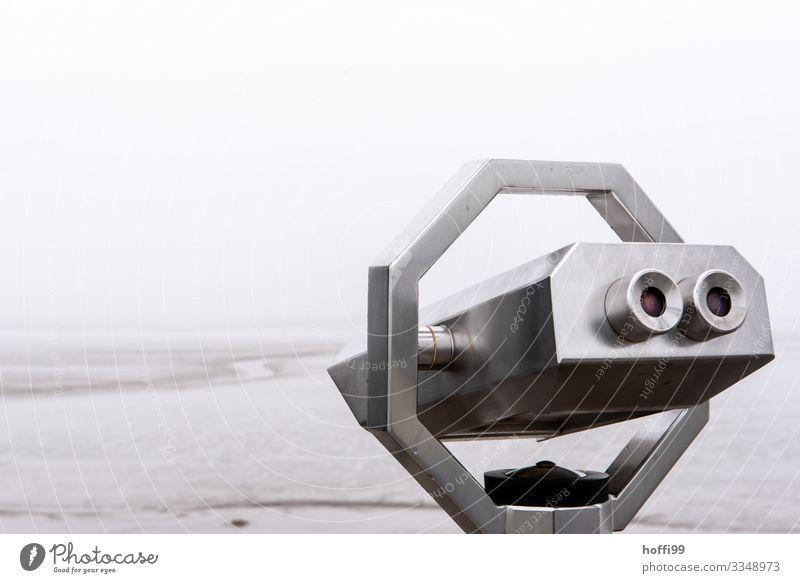 eingeschränkte Aussicht Wasser Wolken Herbst Winter schlechtes Wetter Wind Nebel Regen Küste Nordsee Fernglas ästhetisch dunkel Ferne Unendlichkeit maritim