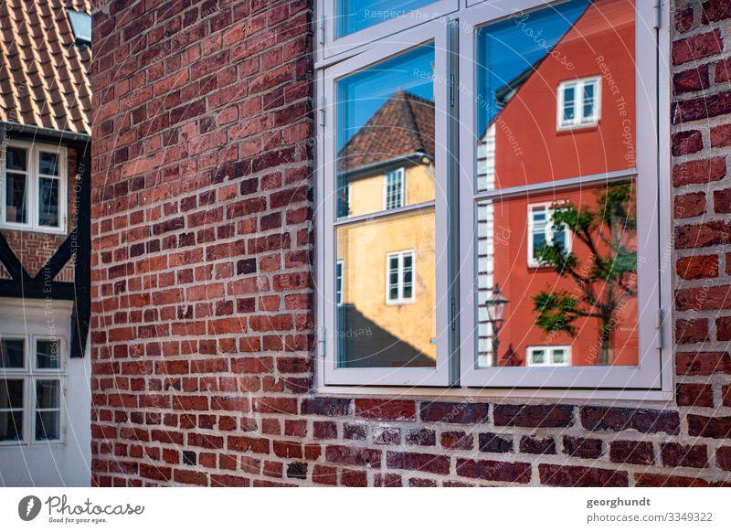 Spiegelstadt Ferien & Urlaub & Reisen Sommer Stadt rot Haus gelb Wand Tourismus Mauer Fassade Altstadt Kleinstadt