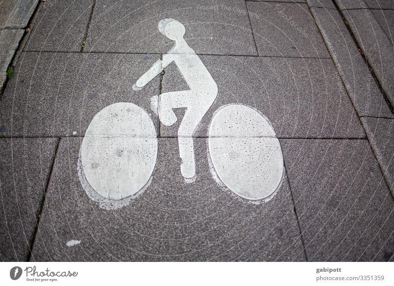 Hinweis Zeichen Radweg auf Straße Wege & Pfade Fahrrad Sport Mitfahrgelegenheit Fahrradfahren Freizeit & Hobby Verkehr Räder Verkehrsmittel Menschenleer