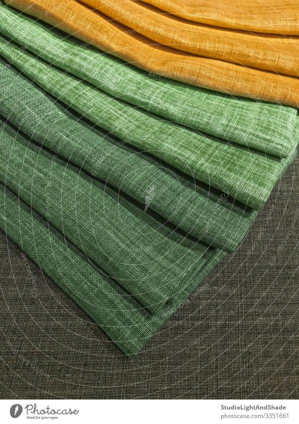 Auswahl an grünen und gelben Textilien kaufen Sommer Mode Bekleidung Stoff Sammlung hell natürlich Farbe Material Konsistenz Leinen Lager Wahl Schirme Palette