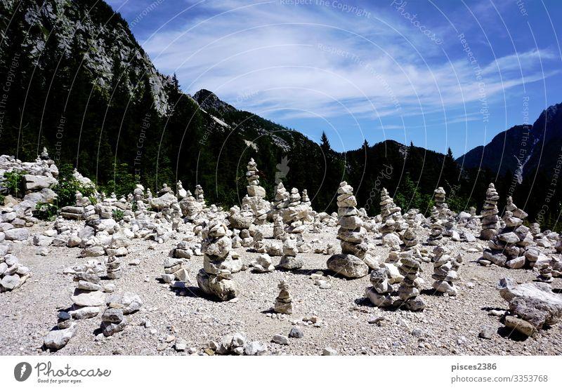 Viewpoint with stone piles, Vrsic pass and Triglav Mountains Erholung Ferien & Urlaub & Reisen Sommer Natur Park Inspiration mountain landscape view slovenia