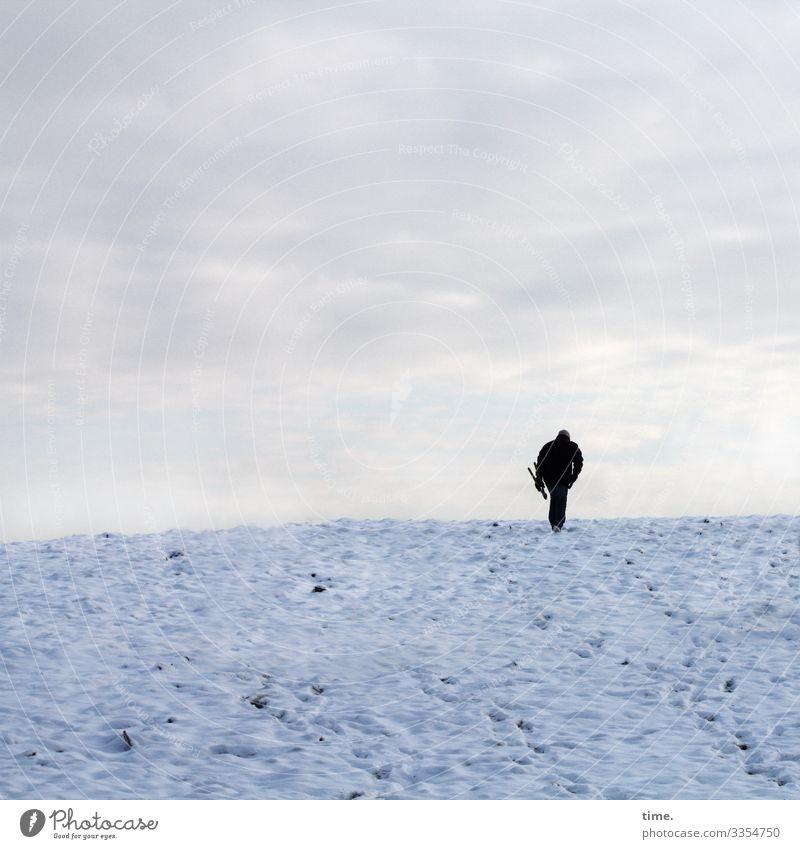 heading for a hot chocolate | Eiszeit maskulin Mann Erwachsene 1 Mensch Himmel Wolken Horizont Winter Schnee Hügel gehen kalt bescheiden Hoffnung demütig