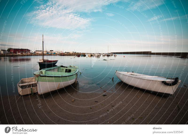 Brötannje Himmel Ferien & Urlaub & Reisen Meer Erholung ruhig Strand Ferne Küste Wasserfahrzeug liegen Tourismus Schönes Wetter Ausflug Hafen Gelassenheit