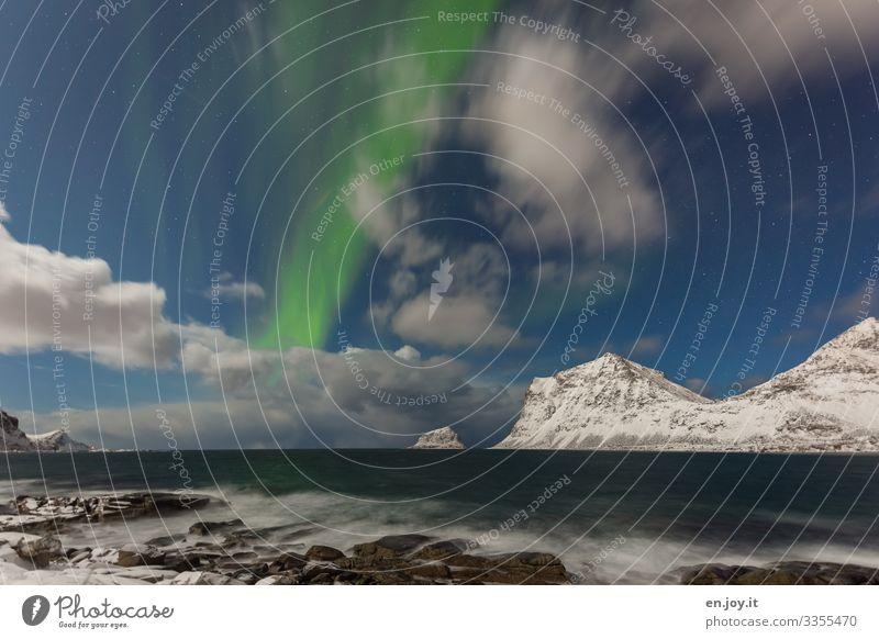 Haukland Beach Ferien & Urlaub & Reisen Meer Insel Wellen Winter Schnee Winterurlaub Natur Landschaft Wolken Nachthimmel Stern Horizont Felsen Berge u. Gebirge