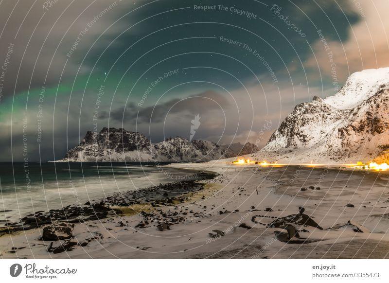 Wolkenlücke | Eiszeit Himmel Ferien & Urlaub & Reisen Natur Landschaft Meer Winter Ferne Strand Berge u. Gebirge kalt Schnee Küste Felsen Wellen Stern