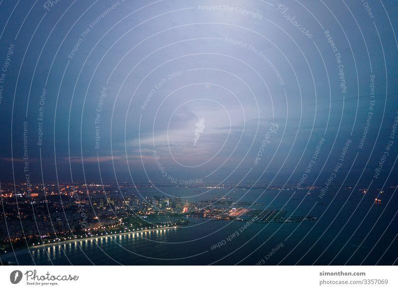 Hafen Rio de Janeiro Brasilien Südamerika Stadt Hauptstadt Hafenstadt Stadtzentrum Skyline überbevölkert Bahnhof Flughafen Ferien & Urlaub & Reisen Tourismus