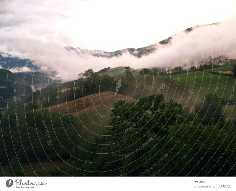 Nach dem Gewitter Wolken Abenddämmerung Sommer Südtirol Berge u. Gebirge