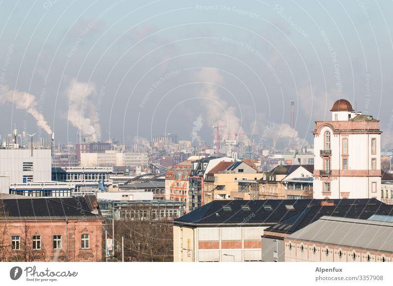 Bäh! | üble Nachbarschaft Umweltverschmutzung Außenaufnahme Menschenleer Tag Umweltschutz Klimawandel Schornstein Industrie Farbfoto Abgas Rauch Himmel Fabrik