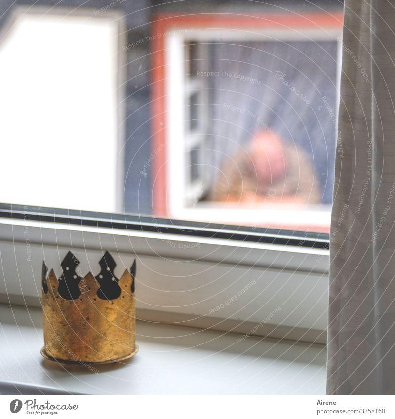 am Fenster Feste & Feiern Karneval Mensch maskulin Mann Erwachsene Senior Leben Oberkörper 1 60 und älter Vorhang Blick warten Freizeit & Hobby Langeweile
