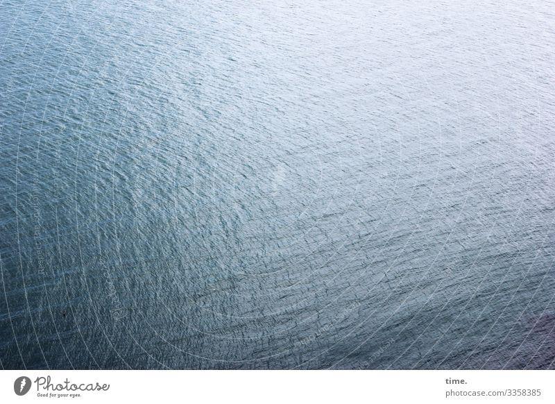 rauschende Stille #2 Umwelt Natur Wasser Wellen Küste Meer Wasseroberfläche maritim nass Kraft Macht Verschwiegenheit Gelassenheit ruhig Leben Ausdauer Neugier