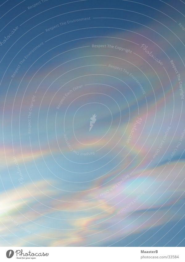 Purple Skies Phenomenon Natur Himmel blau Wolken Luft Klima violett Schönes Wetter bizarr Surrealismus Klimawandel Farbverlauf Farbenspiel Naturphänomene Nordlicht regenbogenfarben