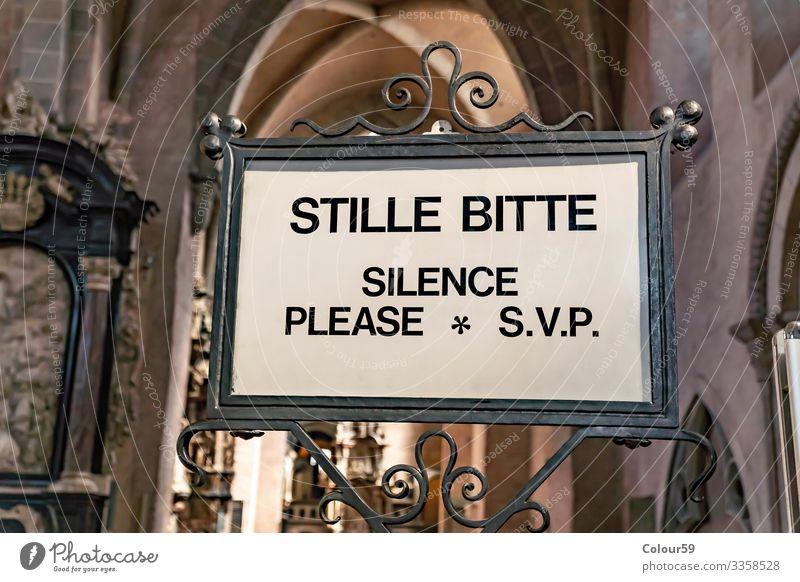 Stille Bitte Veranstaltung Snowboard Erwachsenenbildung Hörsaal Religion & Glaube silence Symbole & Metaphern Information Klang privat Mitteilung Text schild