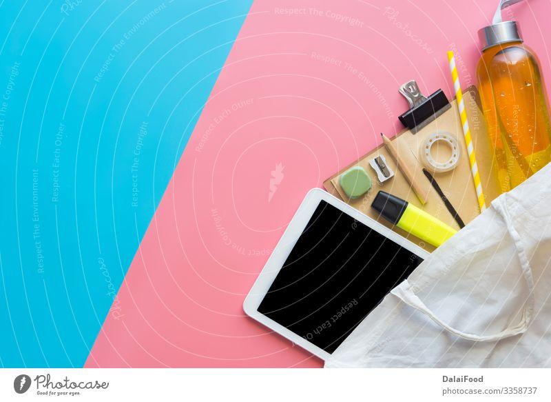 Konzept zurück zur Schulmoderne Apfel Design Schreibtisch Schule lernen Büro Computer Technik & Technologie Internet Buch Mode oben grün weiß Farbe Inspiration